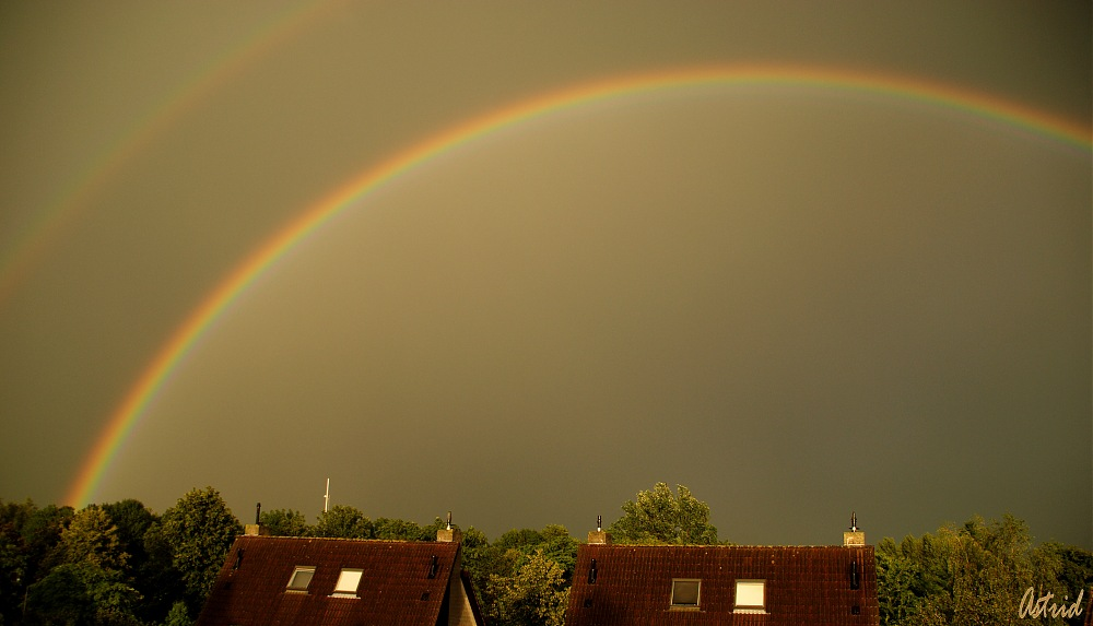 photoblog image .....over the rainbow.............