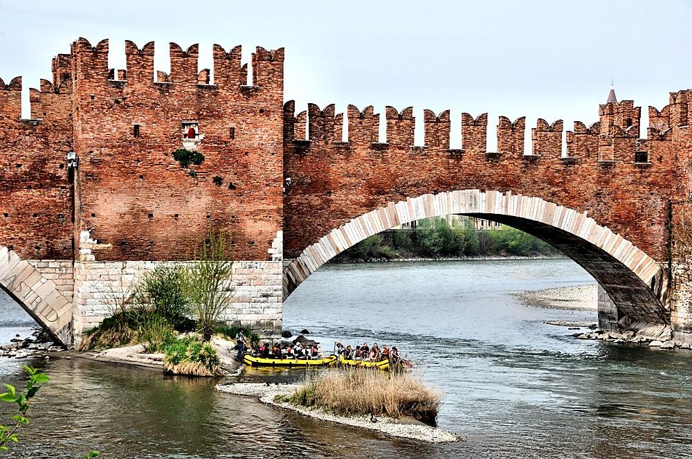 photoblog image ...Boat Friday at the Castelvecchio Bridge, Verona...